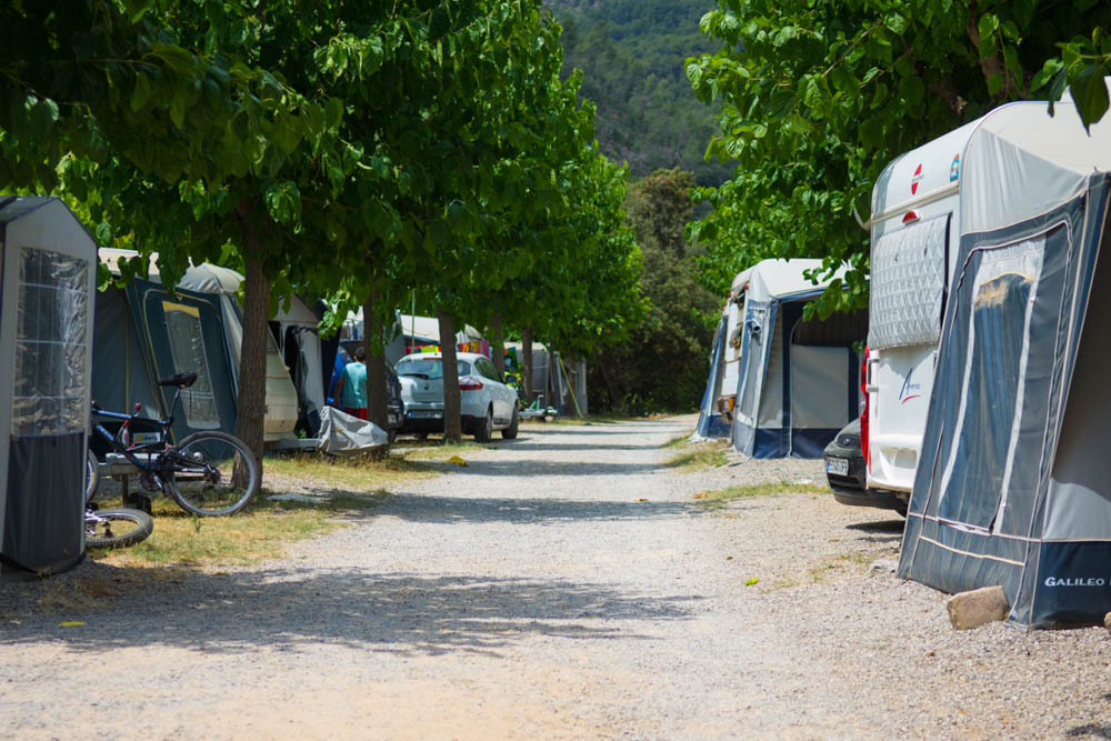 parcelas para autocaravanas | camping el pasqualet | camping