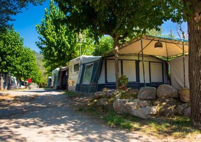 camping-el-pasqualet-barcelona-parcela-caravana-12