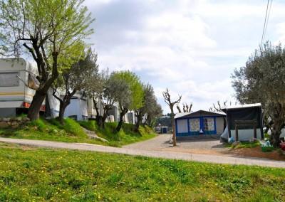 camping-el-pasqualet-barcelona-parcela-caravana-3