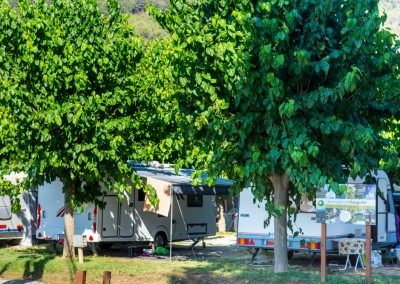 camping-el-pasqualet-barcelona-parcela-caravana-5