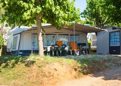 camping-el-pasqualet-barcelona-parcela-caravana-8